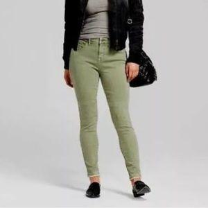 Mossimo Curvy Skinny Jeans Green 12 31 Raw Hem